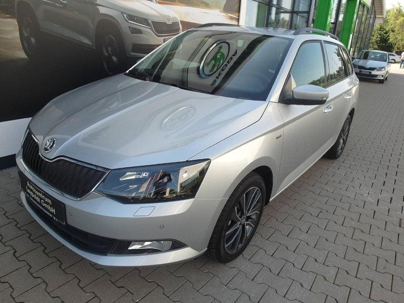 skoda fabia combi ambition drive 1 2 tsi jahreswagen. Black Bedroom Furniture Sets. Home Design Ideas